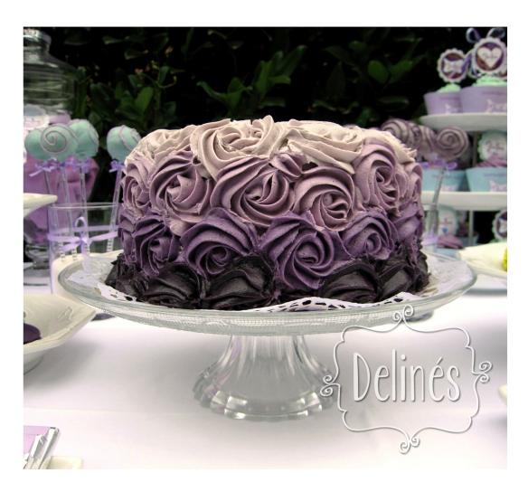 torta rosetones violeta face