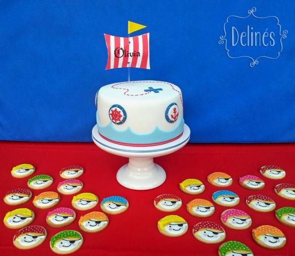 Torta y cookies con tematica piratas