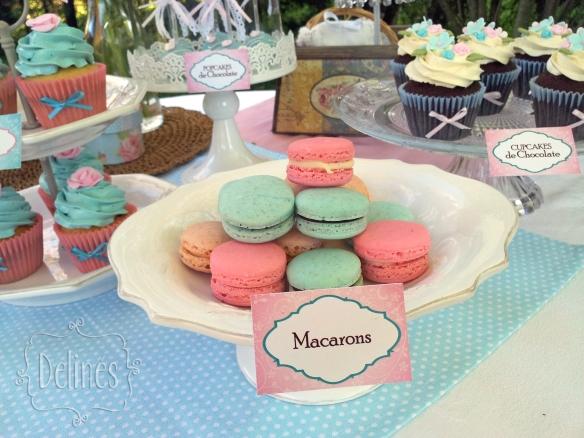 Sarah Kay Shabby chic macarons