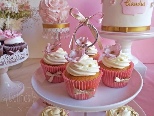 Romantico floral cupcakes vainilla frente
