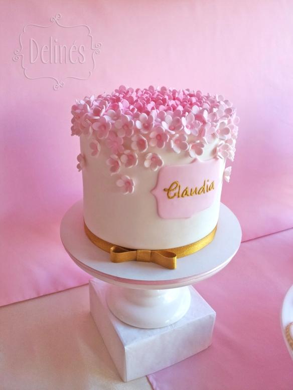 Romantico floral torta Claudia costado