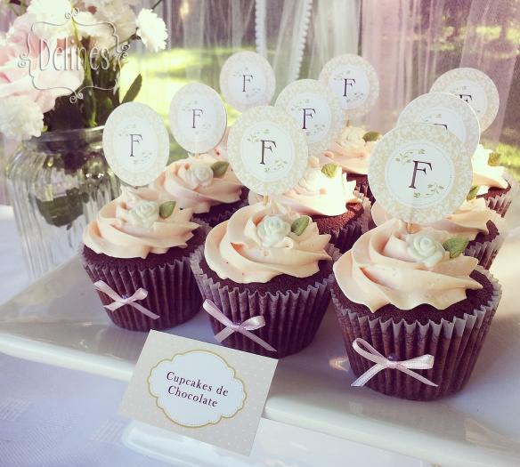 Bautismo delicado y con flores cupcakes choco (1)