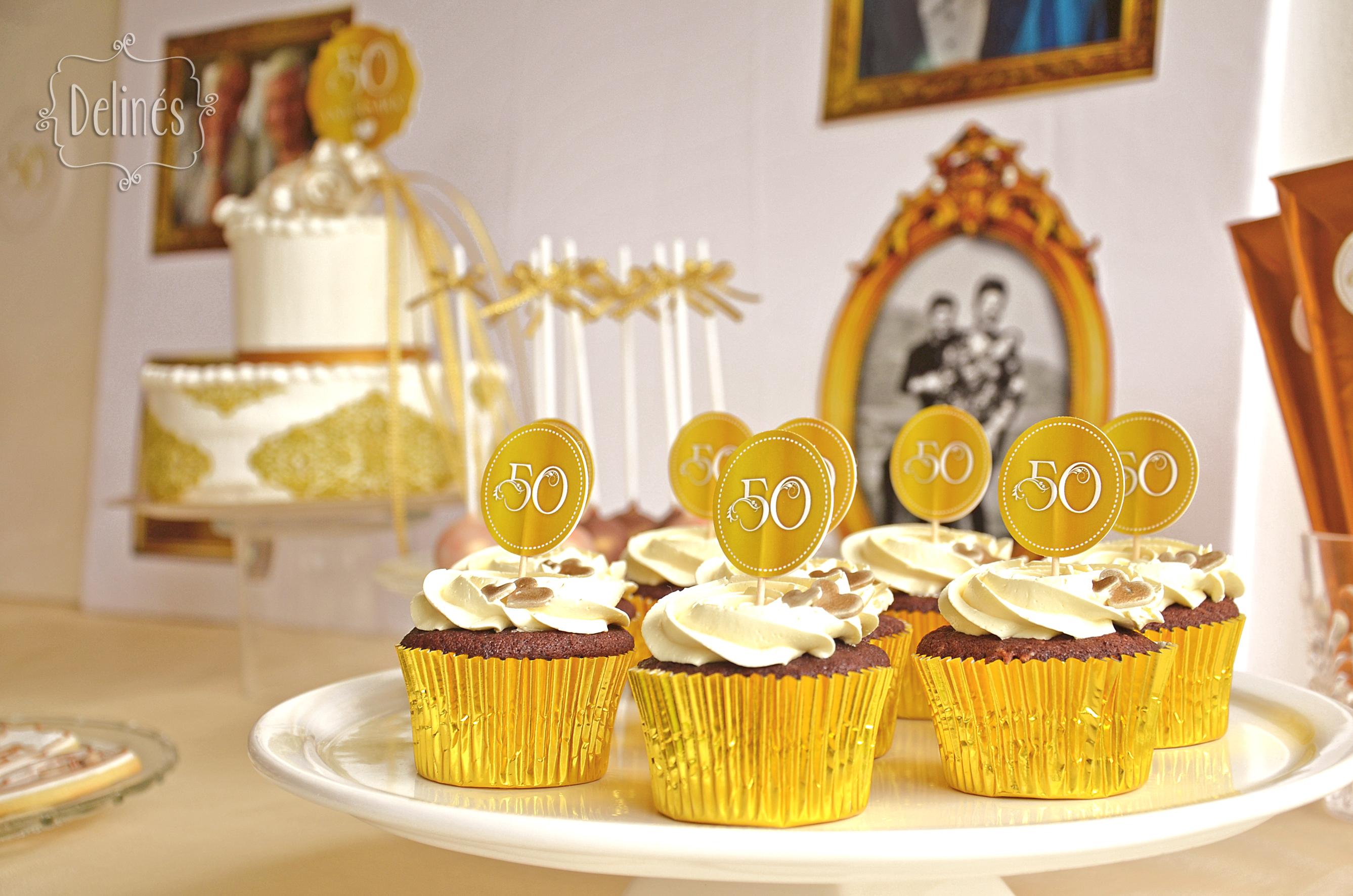 bodas de oro cupcakes y mesa
