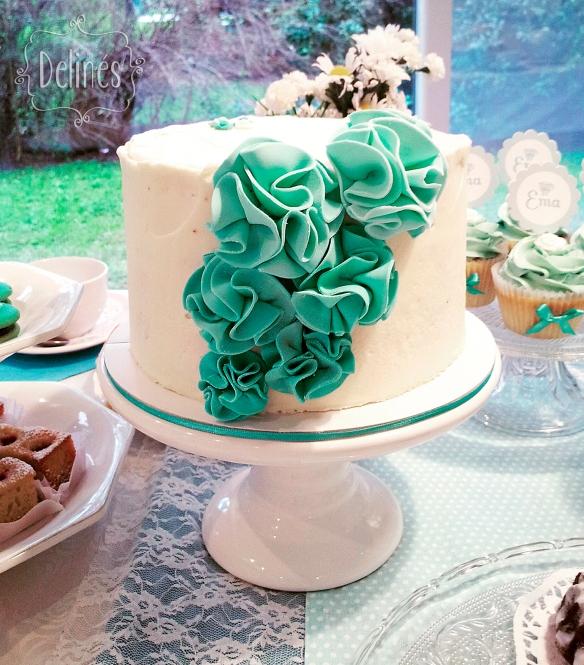 Té romántico torta pompom